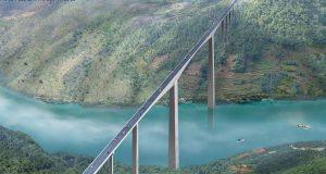 Jembatan Terpanjang di Dunia Mangjiedu Grand Bridge - yunnanadventure.com