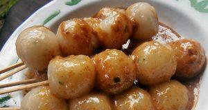 Cilok bumbu kacang wong tegal