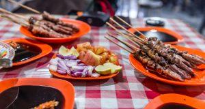 makanan khas Tegal - sate kambing muda balibul